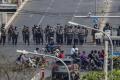 Mjanmarská polícia opäť tvrdo zasiahla voči protestantom, traja umreli