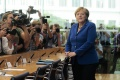 Merkelová telefonovala o Sýrii s Putinom a Erdoganom