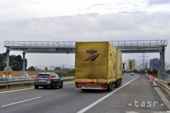 V Česku za deväť rokov vybrali na cestnom mýte 67,6 miliardy Kč