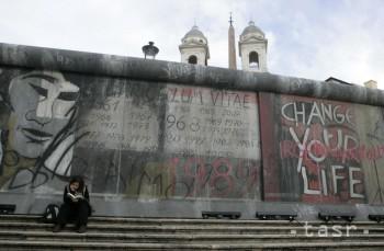 Sviečkovej manifestácii sa prisudzuje vplyv na pád Berlínskeho múru