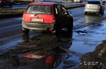 Kúpa ojazdeného auta: Ako skontrolujete najazdené kilometre?