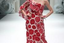 Módne kreácie japonskej návrhárky Jumi Kacurovej