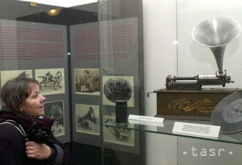 Thomas Alva Edison svoj fonograf predstavil pred 135 rokmi