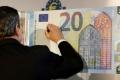 Draghi: Európska centrálna banka neplánuje ukončiť monetárne stimuly