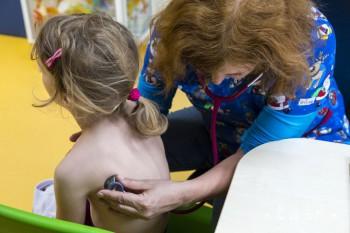 Odborníci radia, ako ochrániť deti pred chrípkou