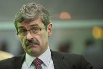 Medzi kandidátmi na bratislavského župana to iskrí