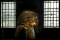 Tutanchamonovo pohrebné lôžko a voz presťahovali do nového múzea