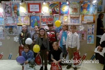 Deti výstavujú výtvarné práce v Bratislavskom bábkovom divadle