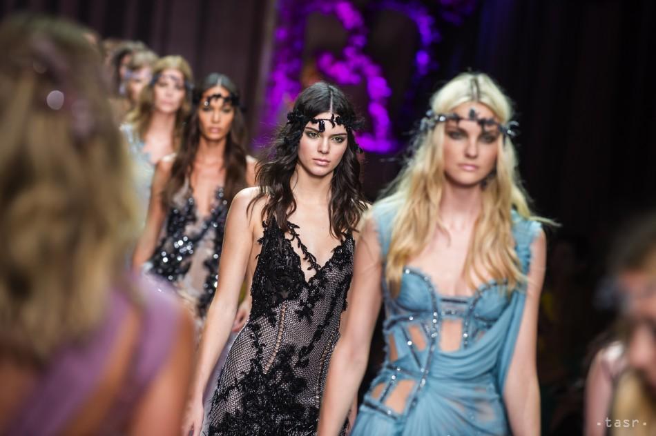 3ec04b35e Michael Kors kupuje taliansky módny dom Versace za 1,83 mld. eur