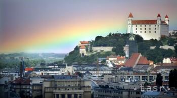 Bratislavský kraj podporí 24 projektov miest a obcí za 100-tisíc eur