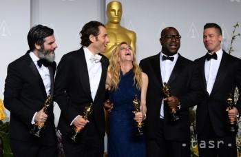 Oscary sú rozdané. DiCaprio ostal opäť bez sošky