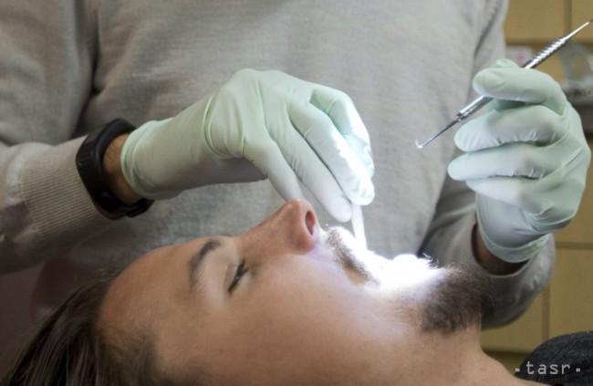 Zubári začnú tento rok používať menej amalgámových plomb