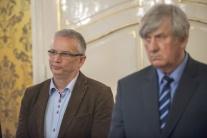 Tlačová konferencia po rokovaní vlády