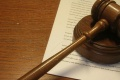 Výstavbu náhradných bytov v Dúbravke podľa starostu pozastavil súd