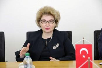 Nová veľvyslankyňa Turecka na návšteve EU v Bratislave