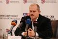 Kotleba stiahol zmenu počtu poslancov z rokovania BBSK