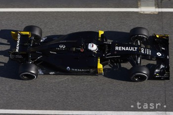 Dánsky pilot F1 Magnussen chce po nehode jazdiť už najbližší víkend