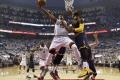 VIDEO: Basketbalisti Toronta vyrovnali stav série s Clevelandom na 2:2