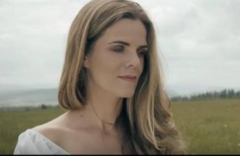 Veronika Rabada do novej piesne zakomponovala známu ľudovku