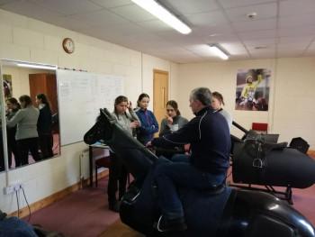 V Kildare je vzdelávacia inštitúcia pre dostihových jazdcov