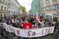 Študenti nechali premiérovi Ficovi pozvánku na protikorupčný pochod