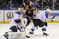 Slováci v zápasoch NHL