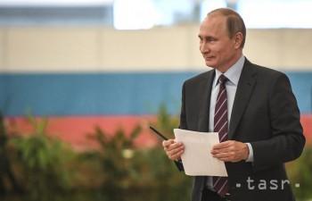 Agentúra Fitch zlepšila výhľad Ruska zo stabilného na pozitívny