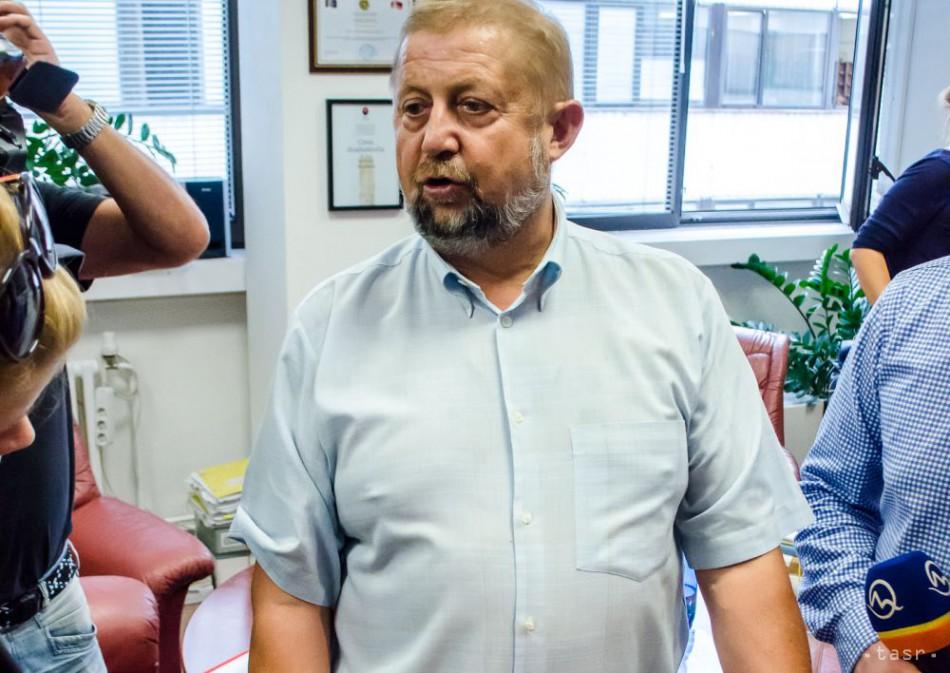 Trestné stíhanie v prípade pádu lampy na kreslo Š. Harabina zastavili