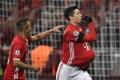 VIDEO: Lewandowski venoval gól tehotnej manželke