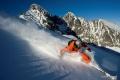 Snehové správy: Lomnické sedlo láka lyžiarov na 1,5 metra snehu