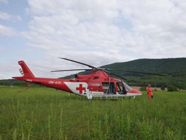 Po páde z koňa si žena zlomila kľúčnu kosť, ratovali záchranári