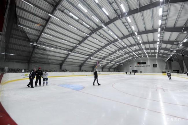 Nový zimný štadión v bratislavskej petržalke foto: tasr/michal
