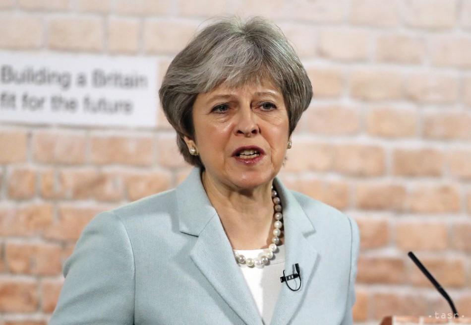 Theresa Mayová prvýkrát od referenda o brexite zavíta na írske hranice 44baf999c28