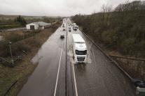 Cesta A66 pri meste Bowes počas búrky Ciara