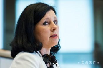 JOUROVÁ: Budúci rok chceme vyčistiť trh od potravín dvojakej kvality
