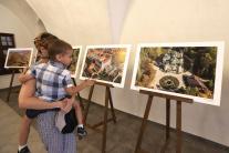 Výstavu leteckých fotografií Michala Svítoka s náz