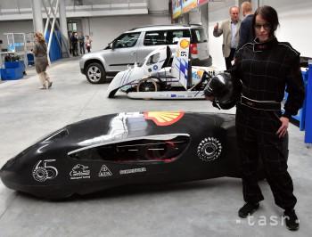 Strojári z TUKE predstavili nové ultra úsporné auto