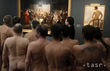 Chcete vidieť nahé mužské telá? Môžete ísť na výstavu!