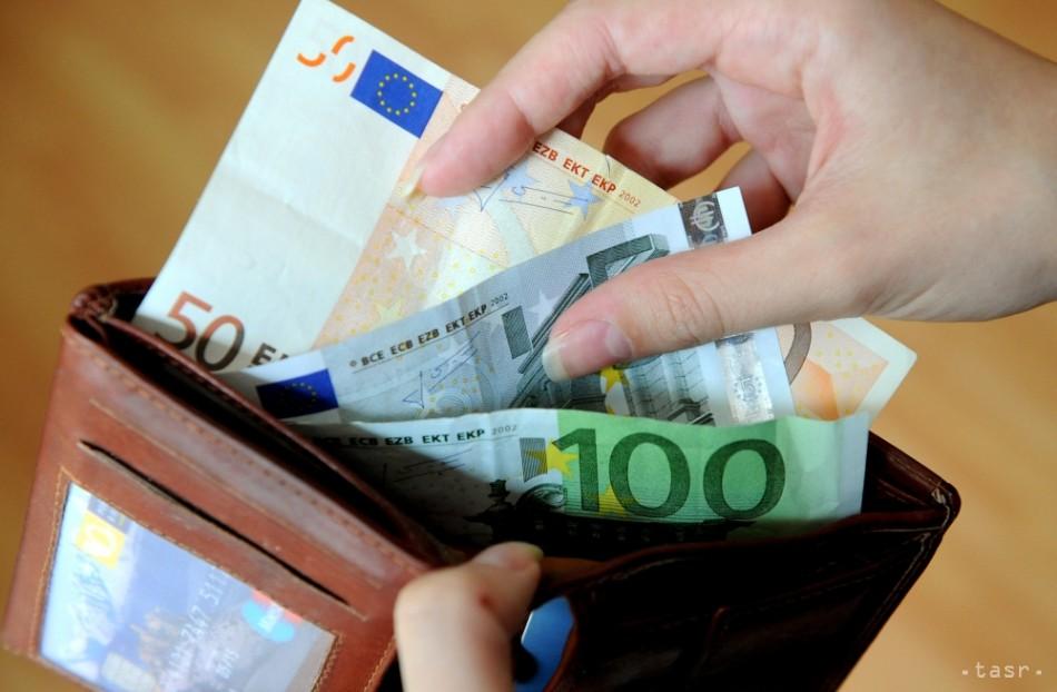 Slováci míňajú na oblečenie viac ako Česi d07297ad896