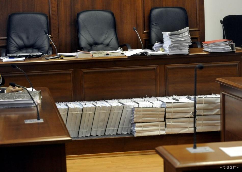 Súd presunul termín pojednávania vo veci S. Klaus-Volzovej