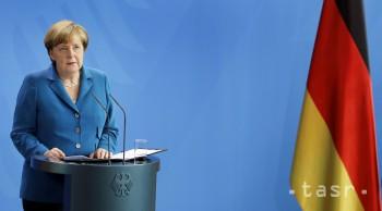 Merkelová a premiéri V4 budú vo Varšave rokovať o brexite i utečencoch