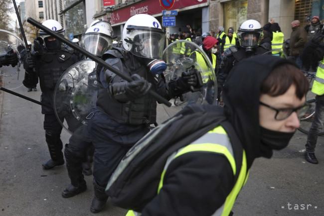 6ce0f011d Po proteste proti migračnému paktu zasiahla polícia - 24hod.sk