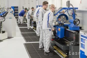 BSK: Počet žiakov v školách rastie, stúpa záujem o technické odbory