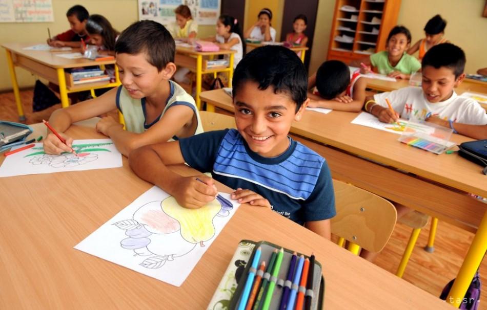 Internátne školy pre rómske deti nie sú riešením, tvrdí Peter Pollák