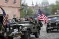 Prahou prešiel konvoj historických vozidiel americkej armády