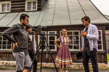 Slovenským devám vzdáva úctu piesňou mladá kapela Iconito