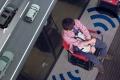 Japonská automobilka vyvinula samojazdiace… stoličky?