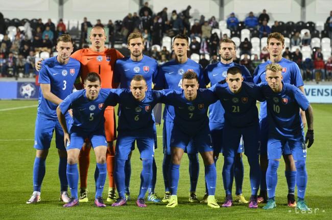 a1c3b65a784b2 Slovenská futbalová reprezentácia do 21 rokov pred zápasom kvalifikácie ME  2017 hráčov do 21 rokov Slovensko - Bielorusko, 7. októbra 2016 v Myjave.