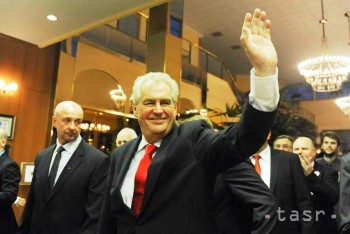 Prezidentom ČR je Miloš Zeman, ľavica a ľud má svoju hlavu štátu
