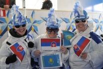Slovenskí fanúšikovia pred zápasom s Kanadou